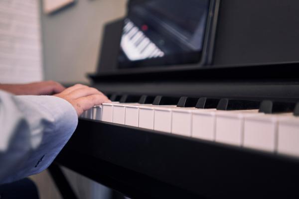 Klavierunterricht online für jedes Alter